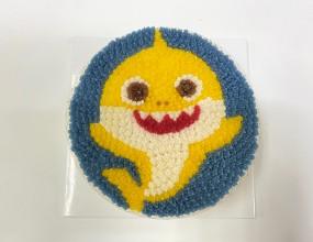 아기들이 좋아하는 아기상어, 키티 케이크!맛있는 설기위에 여러가지 좋아하는 케릭터를 올릴수 있어요~